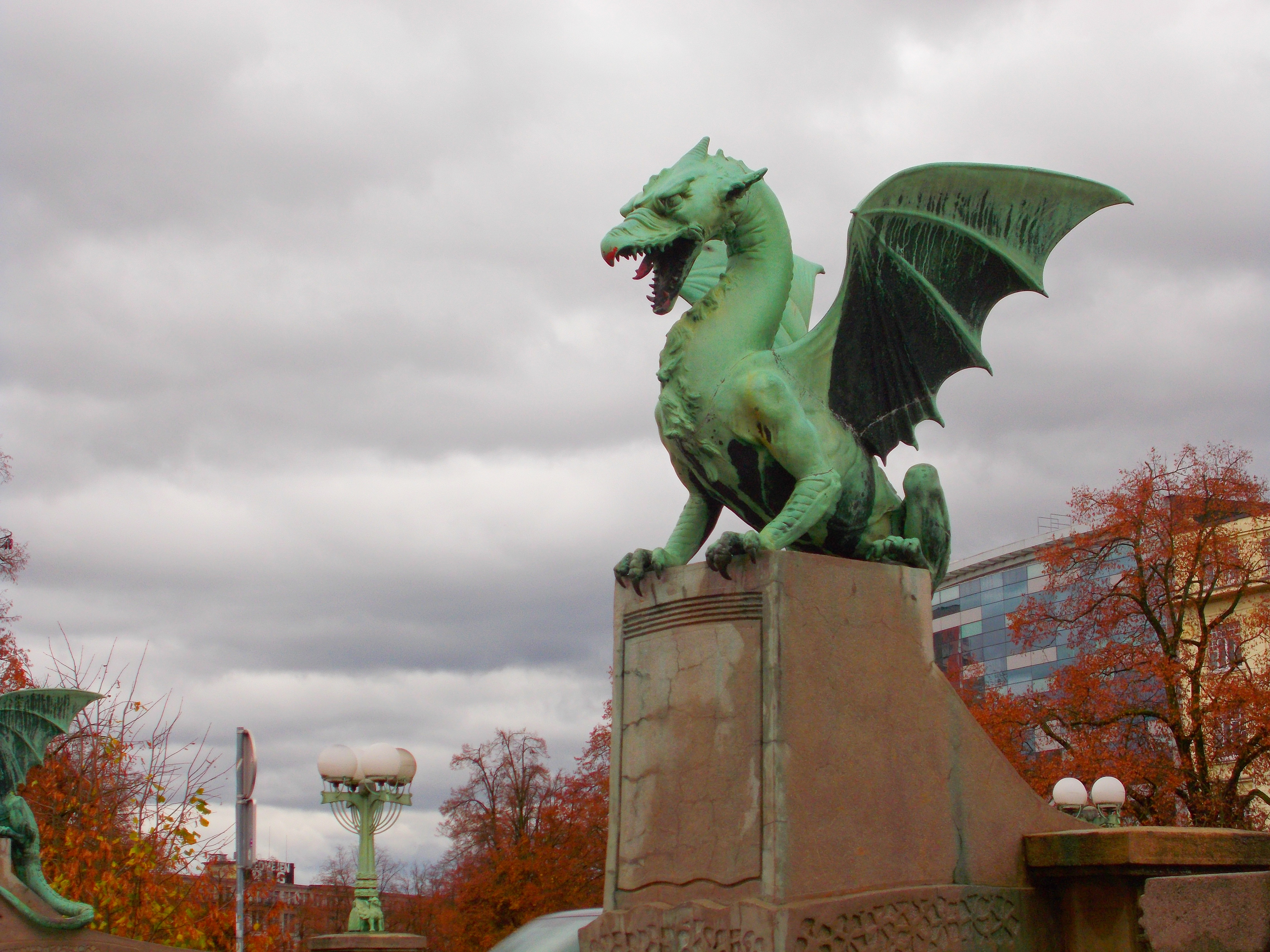 Zmajski most, center (The Dragon Bridge, city center)